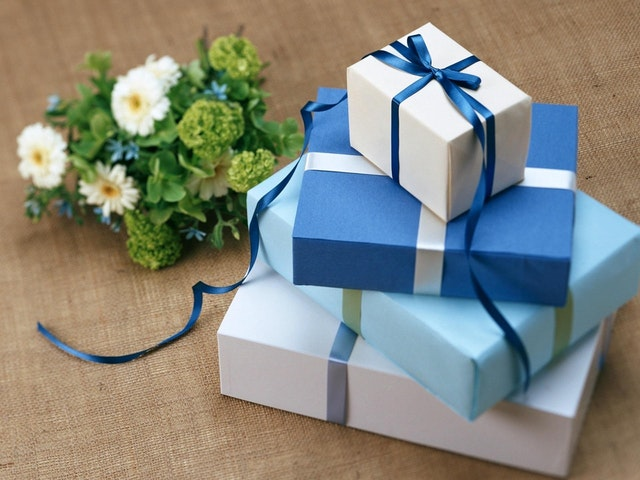 Gift giving in business